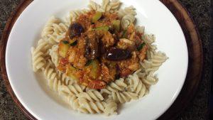 Pasta al Tonno con olive e zucchine